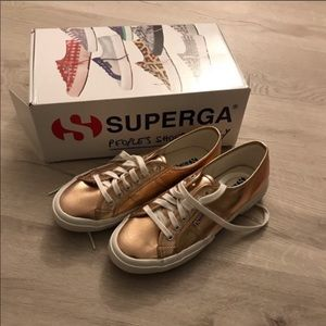 SUPERGA 2750 Cotu Metallica Sneaker (Rose Gold)